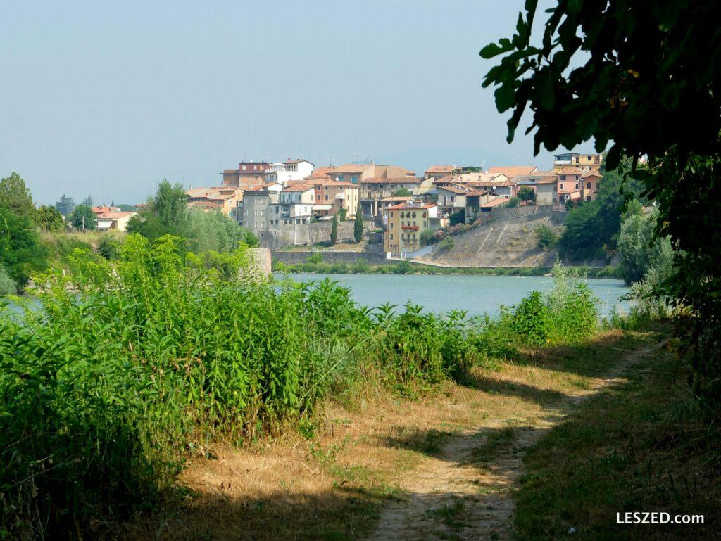 Sentier avec vue sur Pescantina