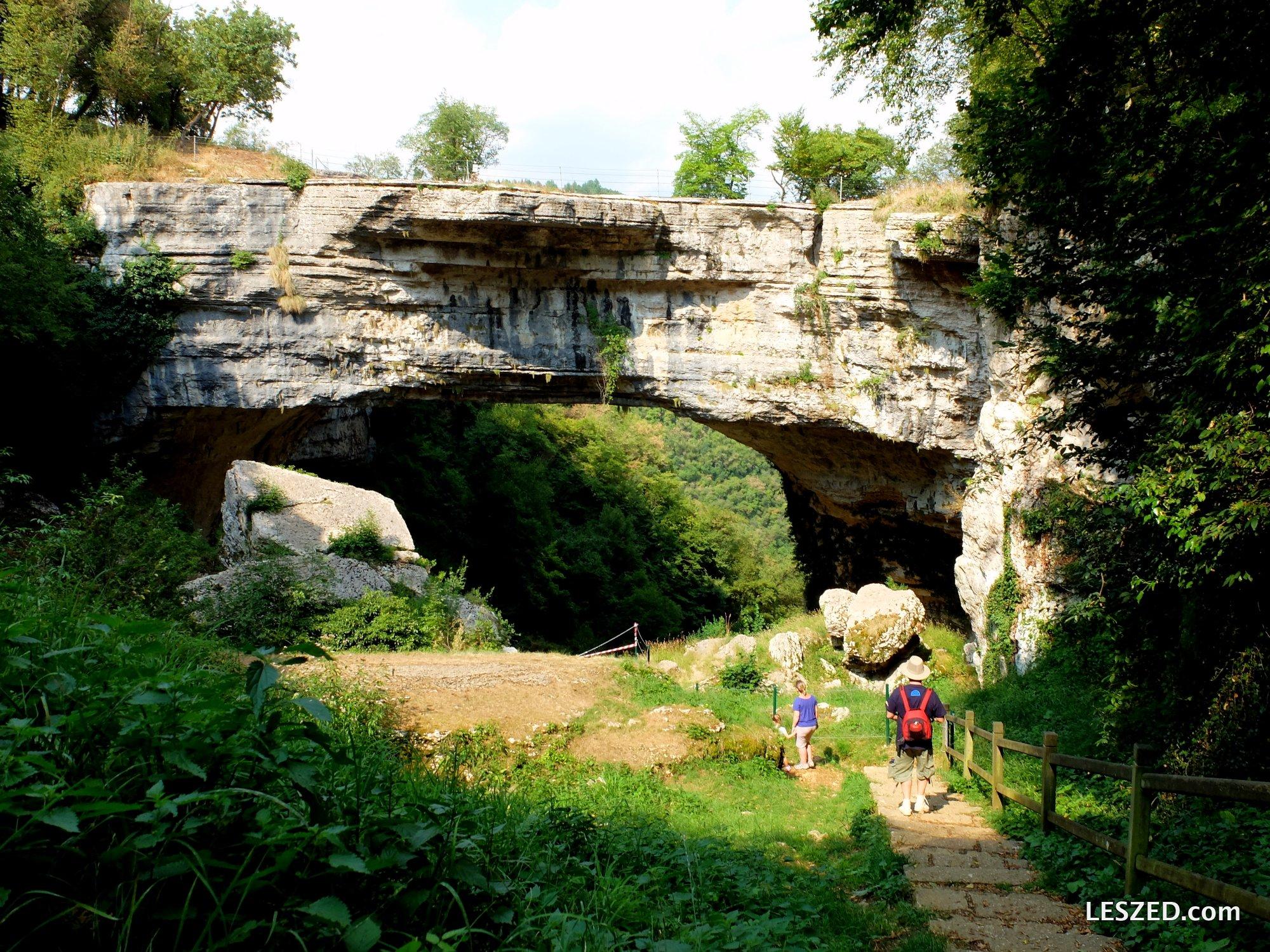 Nous descendons voir le Ponte di Veja