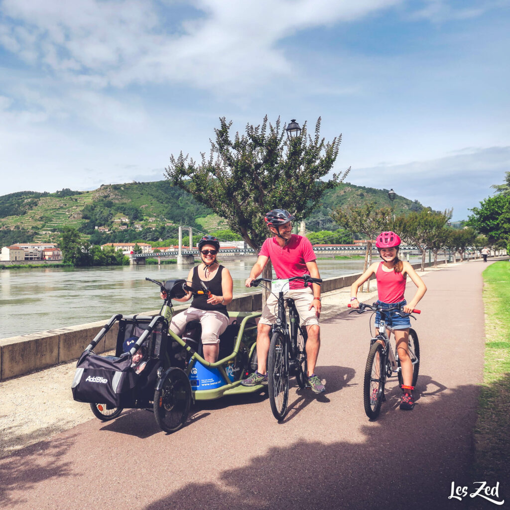Handbike Benur sur la ViaRhona en famille
